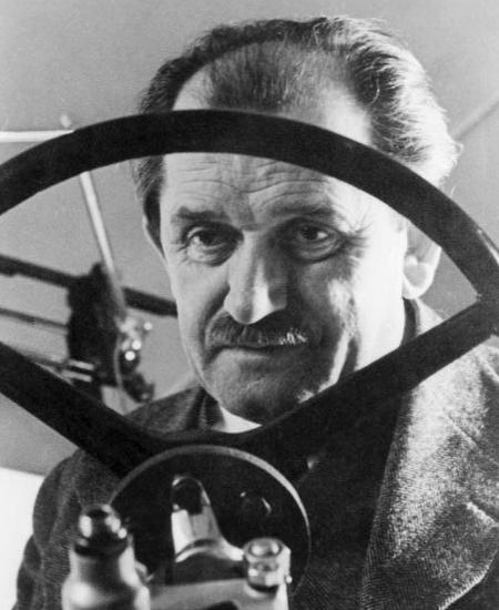 Ferdinand Porsche   Biografie WHO'S WHO